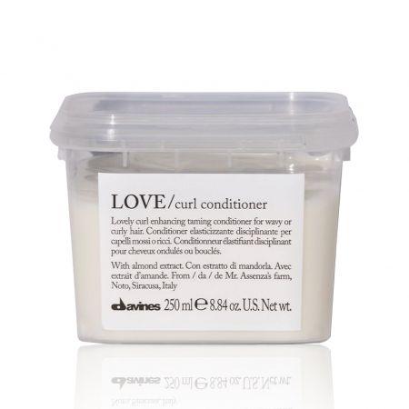 Après-shampooing élastifiant disciplinant pour cheveux ondulés ou bouclés